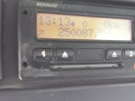 Hormigonera Renault Kerax 370.32, Dxi, motor Volvo, 8x4, año 2006, con bombo Baryval de 8m3.