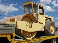 Rulo compactador marca Bomag modelo BW-212, de 10.570kg, con 3.592 horas