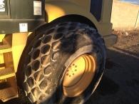 Rulo compactador marca Caterpillar modelo CS-593D, de 15tn, del año 2001, con 10.300 horas. En muy buen estado.