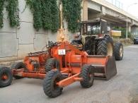 Trailla Laser marca Los Antonios, modelo Cuello de Cisne, ensanchable a 4 metros, año 1998, con: Tractor Lamborghini, modelo 1506, de 140CV, doble tracción, 4777 horas, año 1990.