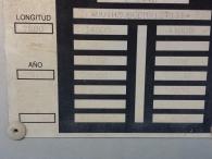 Bañera basculante marca Lecitrailer, de 3 ejes de ballesta, el primero elevable. año 2006