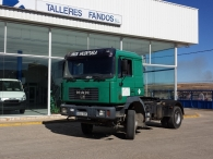 Tractor head MAN 19.414FLT, 4x4, manual gearbox, with bed and 755.200km.