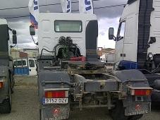 Tractora Renault Kerax 420, 4x4, año 2006