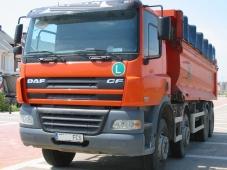 Dumper DAF CF 85.430, 8x4, año de fabricación 2006, sobre 150.000km, en perfecto estado.