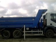 Camión Dumper IVECO AD380T38, 6x4, con caja Danima, año 2006, 129100km.