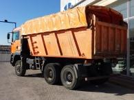 Dumper MAN TG 390A, 6x6, con caja Meiller, año 2004, 196.042km, manual, en buen estado.