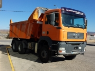 Dumper MAN TG 360A, 6x4, con caja Meiller, año 2004, 218.045km, manual, en buen estado.