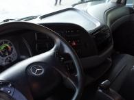 Camión dumper Mercedes 3336.AK, 6x6 del año 2007 (Chasis L183223), 141.000km, cambio telingent de 3 pedales, caja Meiller Kipper, en muy buen estado.