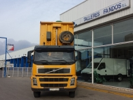 Tipper truck Volvo FM 12.380, year 2003, 6x4, 257.436km with Meiller Box.