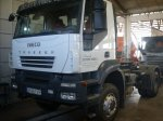 Tractor unit IVECO AD400T44WT