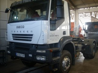 Tractora IVECO AD400T44WT