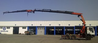 Crane IVECO MP720E38HT 6x4