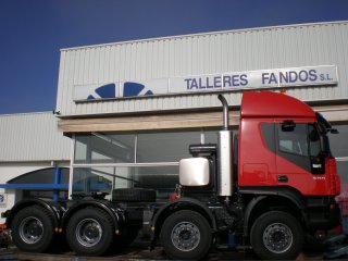 Tractor unit IVECO AT410T50 8x4