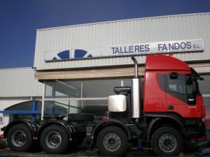 Transformación a tractora para trasporte especial IVECO 8x4.